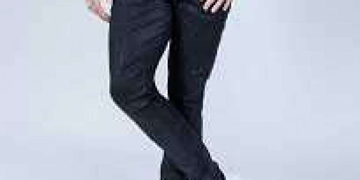 Mens Skinny Jeans Is Popular Among People